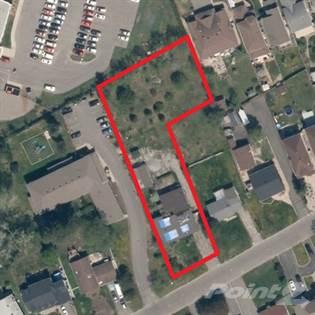 Residential Property for sale in 1539 GOTH AV, Ottawa, Ontario, K1T 1E3