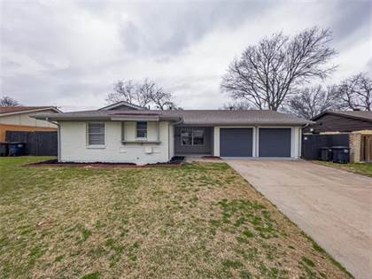 Residential for sale in 5600 Wentworth Street, Fort Worth, TX, 76132