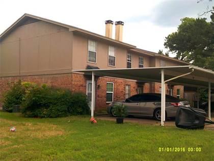 Multifamily for sale in 2117 Fleur De Lis Court, Arlington, TX, 76012