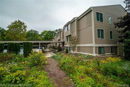 Residential for sale in 1731 CLIFFS Landing, Ypsilanti, MI, 48198