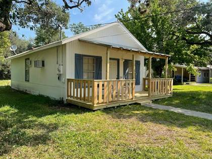 Residential Property for sale in 204 E Sixth St, Camp Wood, TX, 78833