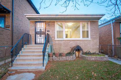 Residential for sale in 4351 S. Keating Avenue, Chicago, IL, 60632