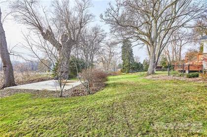 Lots And Land for sale in 26 WOODWARD Avenue, Dundas, Ontario, L9H 4J5