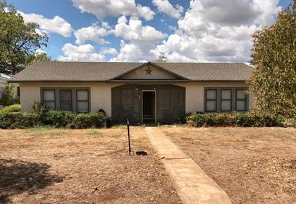 Residential Property for sale in 907 Exall, Llano, TX, 78643