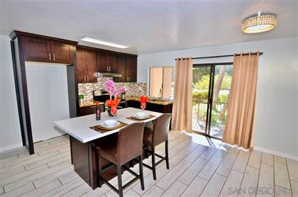 Residential for sale in 7858 Cowles Mountain Ct D10, San Diego, CA, 92119