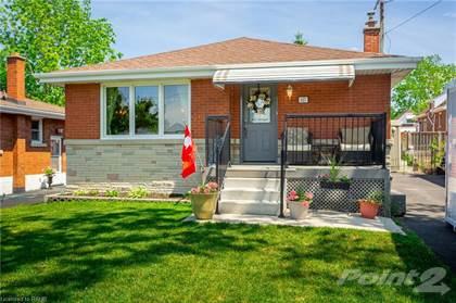 Residential Property for sale in 227 GARSIDE Avenue S, Hamilton, Ontario, L8K 2W6