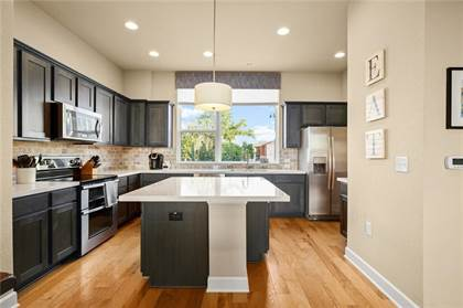 Residential Property for sale in 1416 Waterloo Shore LN 3, Austin, TX, 78741