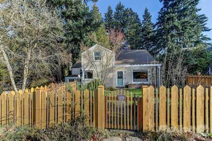 Single-Family Home for sale in 15556 Stone Ave. N , Shoreline, WA, 98133