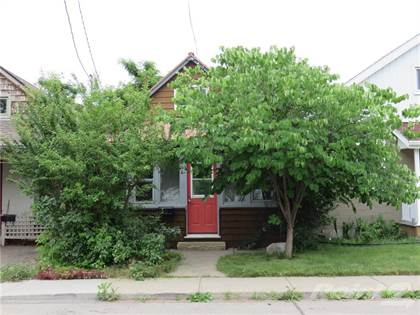 Residential Property for sale in 23 ALBANY Avenue, Hamilton, Ontario, L8H 2H3