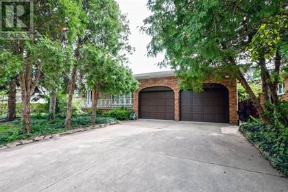 Single Family for sale in 9950 KENWOOD CRESCENT, Windsor, Ontario, N8R1H2