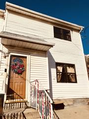 Townhouse for rent in 392 Weser Avenue, Staten Island, NY, 10304