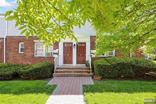 Condo for sale in 39 B Hastings Avenue, Rutherford, NJ, 07070