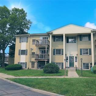 Residential Property for sale in 45240 KEDING ST APT 301, Utica, MI, 48317