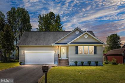 Residential Property for sale in 108 MEADOW AVENUE, Colonial Beach, VA, 22443