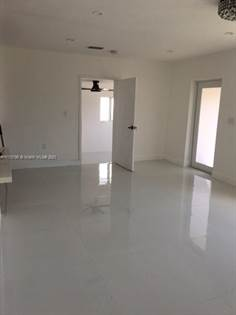 Residential Property for sale in 620 SW 71st Ct, Miami, FL, 33144