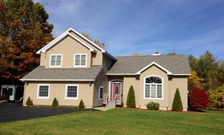 Single Family for sale in 6 Winding Brook, Peru, NY, 12972