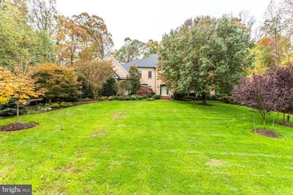 Residential Property for sale in 10499 PATRICIAN WOODS CT, Great Falls, VA, 22066
