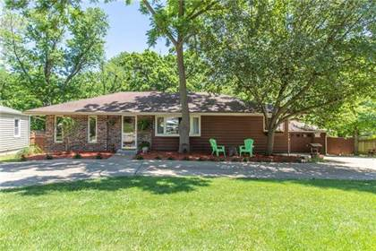 Residential for sale in 5509 NW Meadowvale Drive, Kansas City, MO, 64151