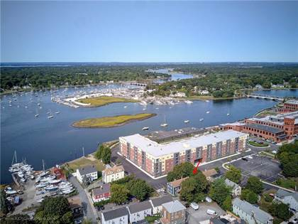 Multifamily for sale in 19 Sisson Street, Warren, RI, 02885
