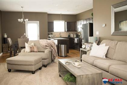 Fantastic For Sale 8307 Ryley Lane Lincoln Ne 68512 More On Point2Homes Com Bralicious Painted Fabric Chair Ideas Braliciousco