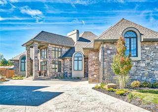 Residential for sale in 31 Kenmir Ave, Niagara-on-the-Lake, Ontario