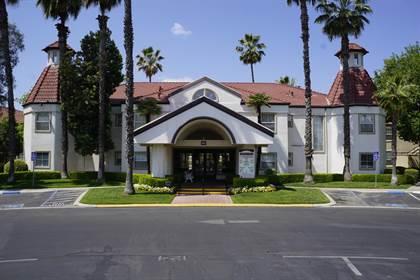 Residential Property for sale in 8147 N Cedar Avenue 118, Fresno, CA, 93720