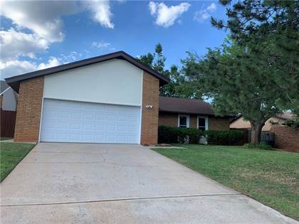 Residential for sale in 6617 Elk Canyon Road, Oklahoma City, OK, 73162