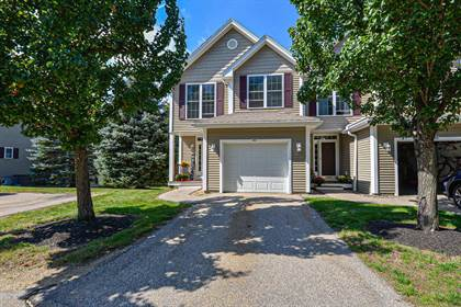 Residential Property for sale in 83 Pear Tree Lane, Newmarket, NH, 03857