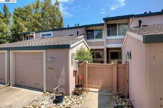 Townhouse for sale in 1436 Millich Ln, San Jose, CA, 95117