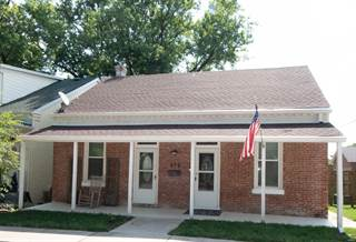 Single Family for sale in 914 South 3rd Street, Saint Charles, MO, 63301