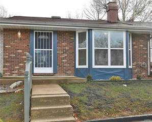 Townhouse for sale in 21 Coach Court, Saint Peters, MO, 63376