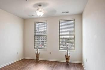 Apartment for rent in 198 North Pauline Street, Memphis, TN, 38105