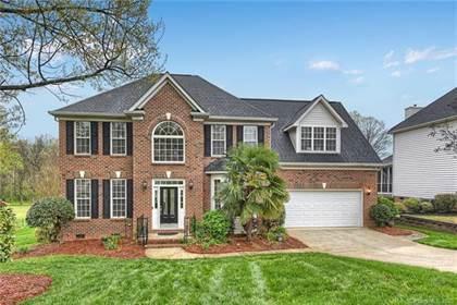 Residential for sale in 8023 Glamorgan Lane, Matthews, NC, 28104