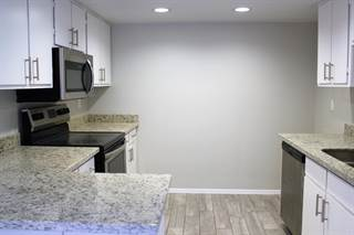 Townhouse for rent in 1051 S DOBSON Road 62, Mesa, AZ, 85202