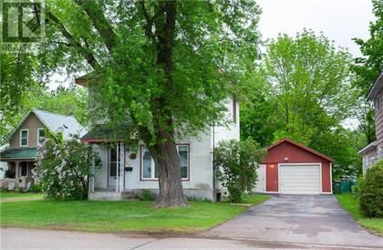 Single Family for sale in 667 FISCHER STREET, Pembroke, Ontario, K8A6K4