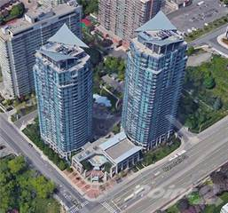 Condo for sale in 33 Elm Dr, Mississauga, Ontario