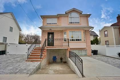 Multifamily for sale in 81 Sharrott Avenue, Staten Island, NY, 10309