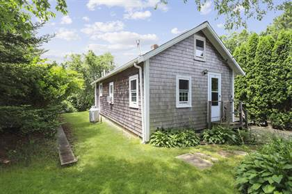 Residential Property for sale in 17 Barrows Road, Falmouth Town, MA, 02536