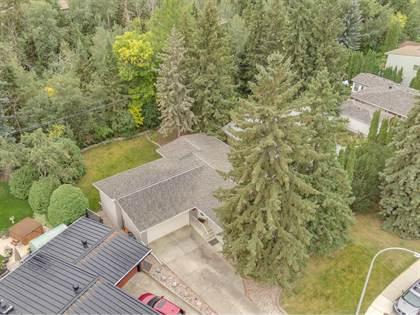 Single Family for sale in 15221 82 AV NW, Edmonton, Alberta, T5R3S2
