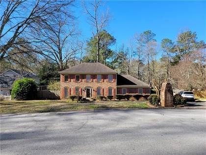 Residential Property for sale in 1419 Somerset Way SW, Lilburn, GA, 30047