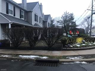 Townhouse for rent in 2 Village Ct, Bound Brook, NJ, 08805