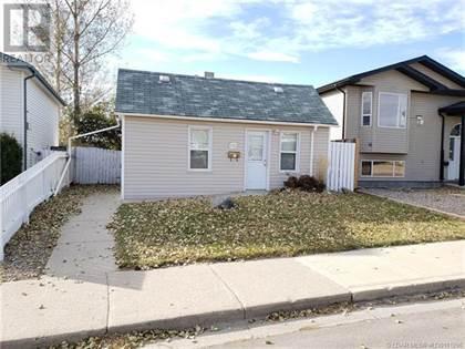 Single Family for sale in 1220 8 Street N, Lethbridge, Alberta, T1H1Z4