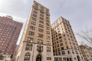 Apartment for sale in 1755 East 55th Street 504, Chicago, IL, 60615