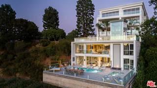Condo for rent in 2391 ROSCOMARE Road 301, Los Angeles, CA, 90077