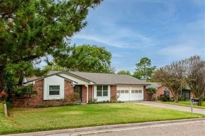 Residential Property for sale in 806 Cherry Laurel Lane, Arlington, TX, 76012