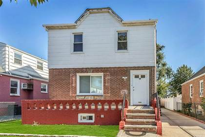 Multifamily for sale in 20 Heathcote Road, Elmont, NY, 11003