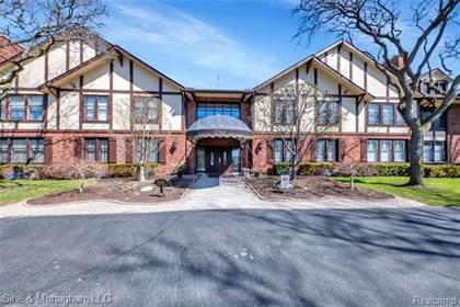 Residential for sale in 1750 VERNIER RD APT 19, Grosse Pointe Woods, MI, 48236