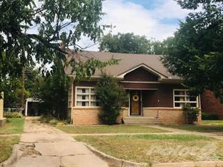 Residential Property for sale in 806 Ave G NW, Childress, TX, 79201