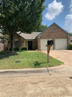 Residential for sale in 519 Nightshade Drive, Arlington, TX, 76018