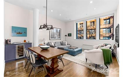 Condo for sale in 53 North Moore St 2H, Manhattan, NY, 10013